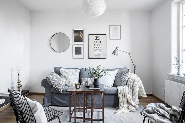 Phòng cách được thiết kế tối giản.