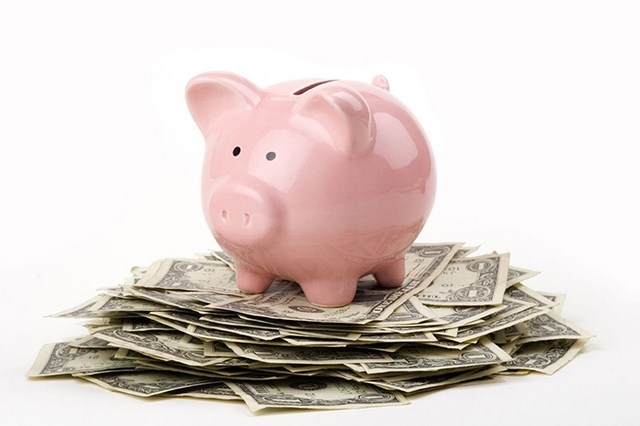 Việc tiết kiệm tiền sẽ trở nên dễ dàng hơn khi bạn áp dụng những bí quyết vàng trong chi tiêu.