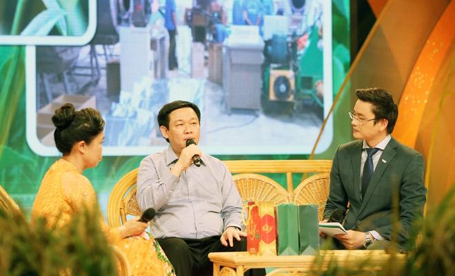 Phó Thủ tướng Vương Đình Huệ: Có gà đi bộ, bưởi da xanh... nông sản không sợ cạnh tranh