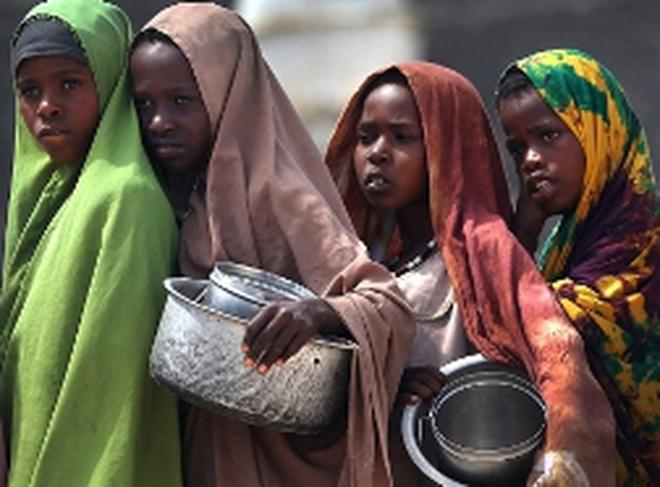Châu Phi: Nghèo đói trên núi vàng