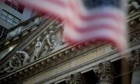 Dow Jones tăng vọt hơn 300 điểm