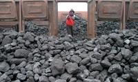 """Trung Quốc """"xuất khẩu"""" khủng hoảng thừa: Sau thép sẽ là gì?"""
