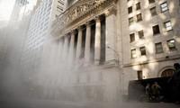 """Cổ phiếu Apple """"phủ bóng đen"""" lên phố Wall"""