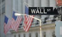 Dầu lên hơn 40 USD/thùng, Dow Jones lấy lại số điểm đã mất từ đầu năm