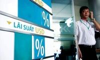 Lãi suất ngân hàng: Trống đánh xuôi, kèn thổi ngược