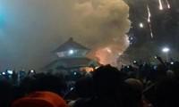 Cháy lớn tại ngôi đền Ấn Độ, 84 người chết