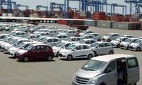 Doanh nghiệp nhập khẩu ô tô đối mặt với nguy cơ mất cơ hội kinh doanh