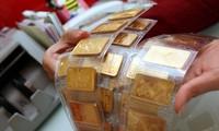 Giá vàng tiếp tục tăng mạnh